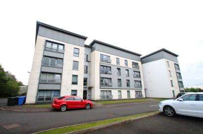 2 Bedrooms Flat for sale in Law Roundabout, Stewartfield