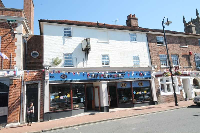 1 Bedroom Flat for sale in High Street, East Grinstead