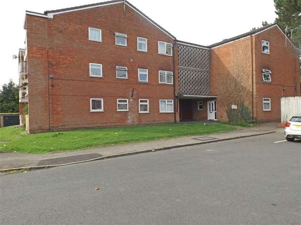 2 Bedrooms Flat for sale in May Farm Close, Hollywood, Birmingham, Worcestershire