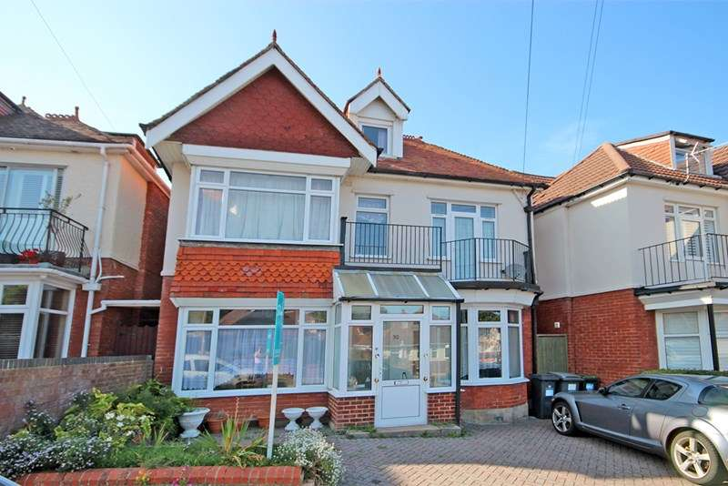 6 Bedrooms Detached House for sale in New Park Road, Southbourne, Bournemouth