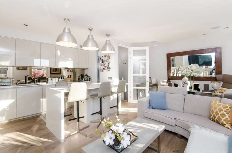 3 Bedrooms Flat for sale in Emperors Gate, South Kensington, SW7