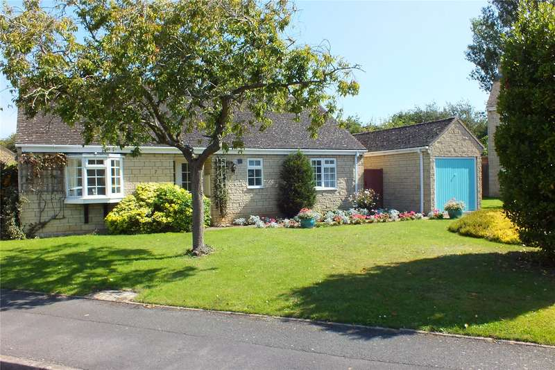 3 Bedrooms Detached Bungalow for sale in Morris Road, Broadway, Worcestershire, WR12