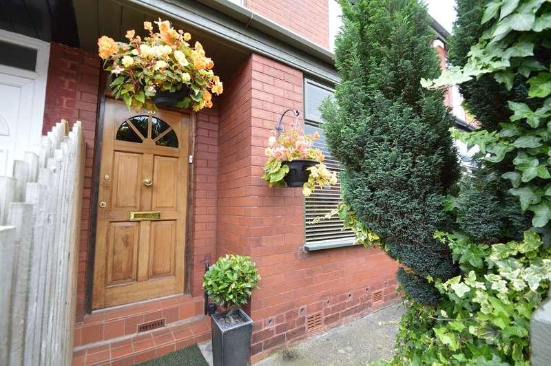 3 Bedrooms Terraced House for sale in Kipling Street, Salford, M7