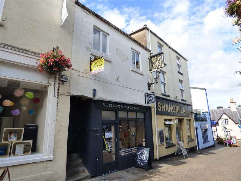 2 Bedrooms Apartment Flat for sale in St Mary Street, Chepstow