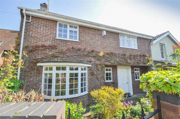 3 Bedrooms Semi Detached House for sale in Rodway, WIMBORNE, Dorset