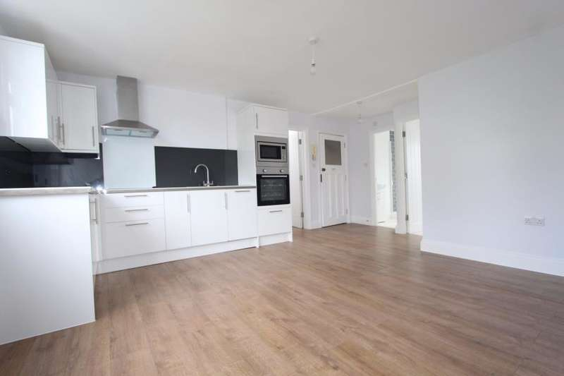 1 Bedroom Flat for sale in Finsbury Park, London N4