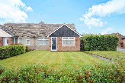 3 Bedrooms Bungalow for sale in Rochford, Essex