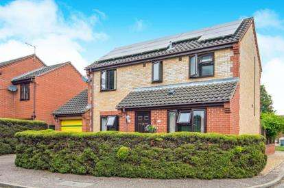 3 Bedrooms Detached House for sale in Taverham, Norwich, Norfolk