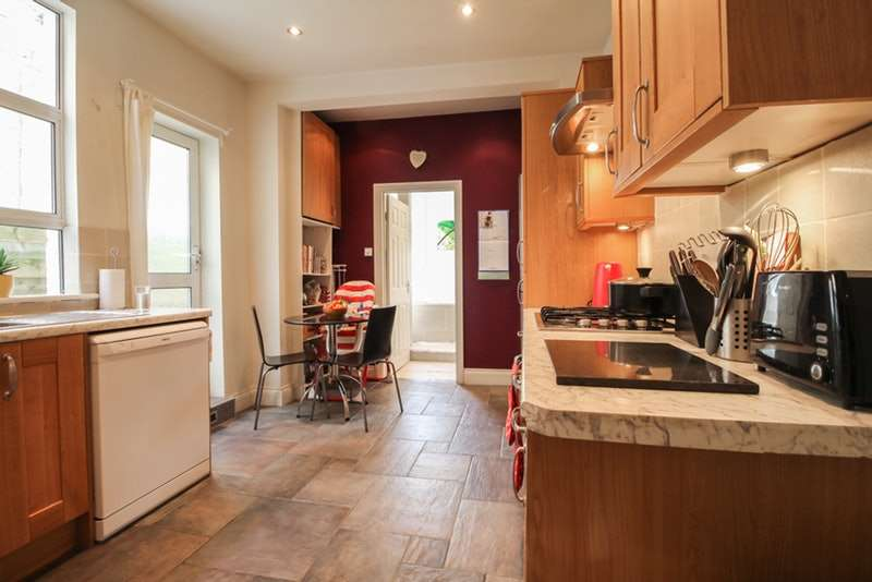 1 Bedroom Flat for sale in Antrobus Road, London, London, W4