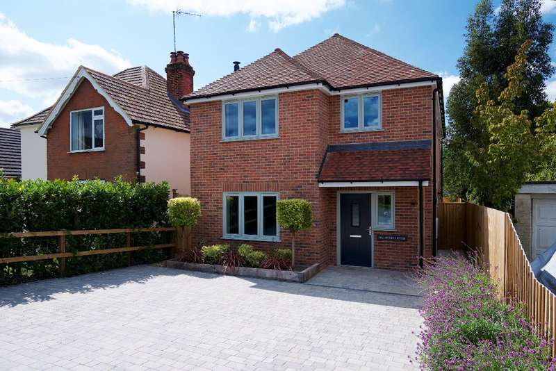 4 Bedrooms Detached House for sale in Whaddon