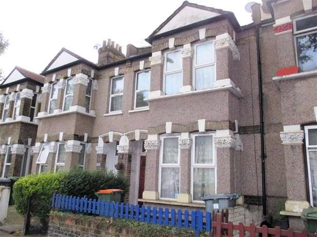 3 Bedrooms House for sale in Romford Road, London
