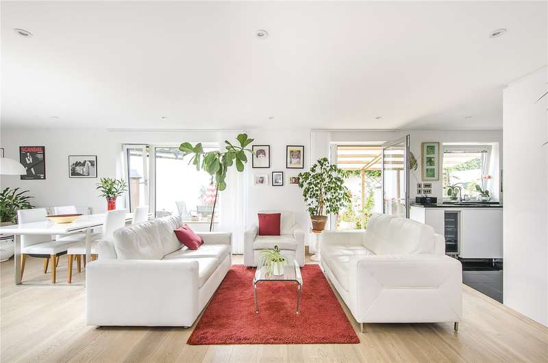 3 Bedrooms Terraced House for sale in Liberty Street, London, SW9