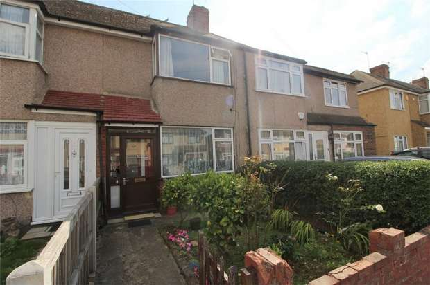 2 Bedrooms Terraced House for sale in Osborne Avenue, Stanwell, Middlesex