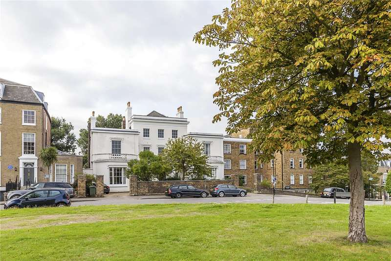 4 Bedrooms Flat for sale in Heathfield House, Eliot Place, London, SE3
