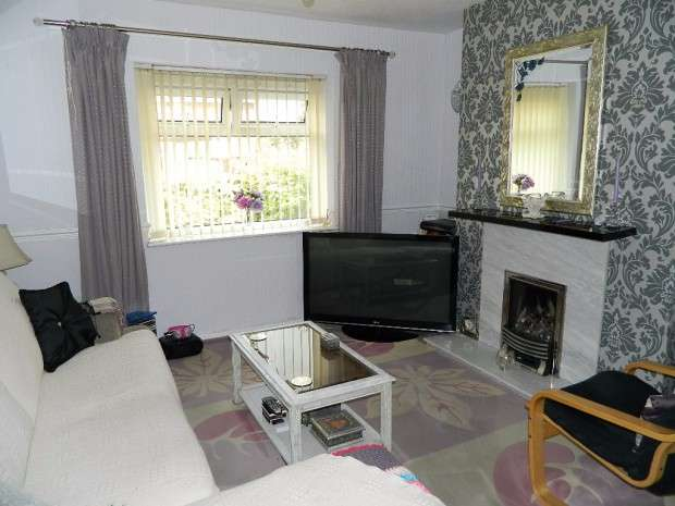 3 Bedrooms Semi Detached House for sale in Lowerson Road, Norris Green, L11