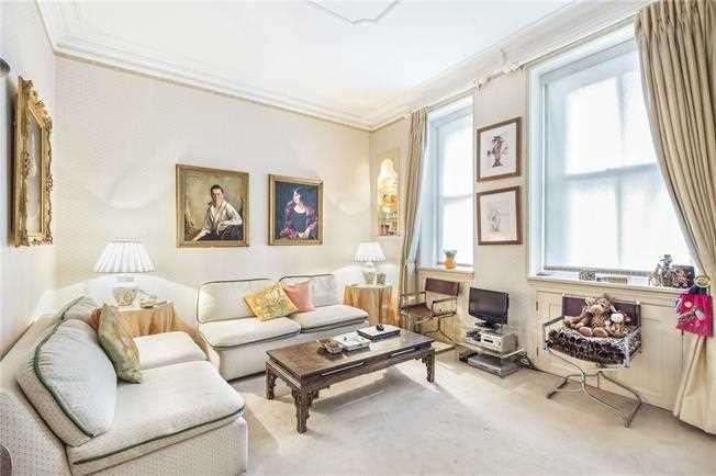 1 Bedroom Studio Flat for sale in Hay Hill, London