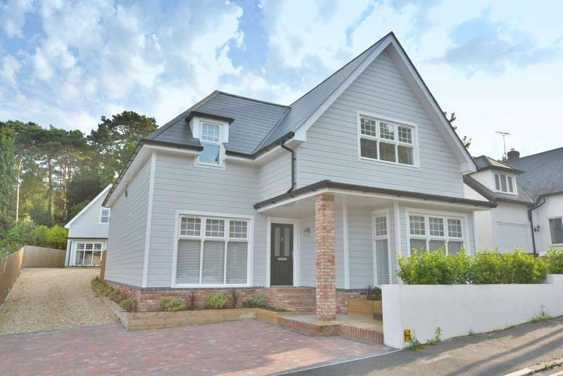 4 Bedrooms Detached House for sale in Lilliput, Poole, BH14