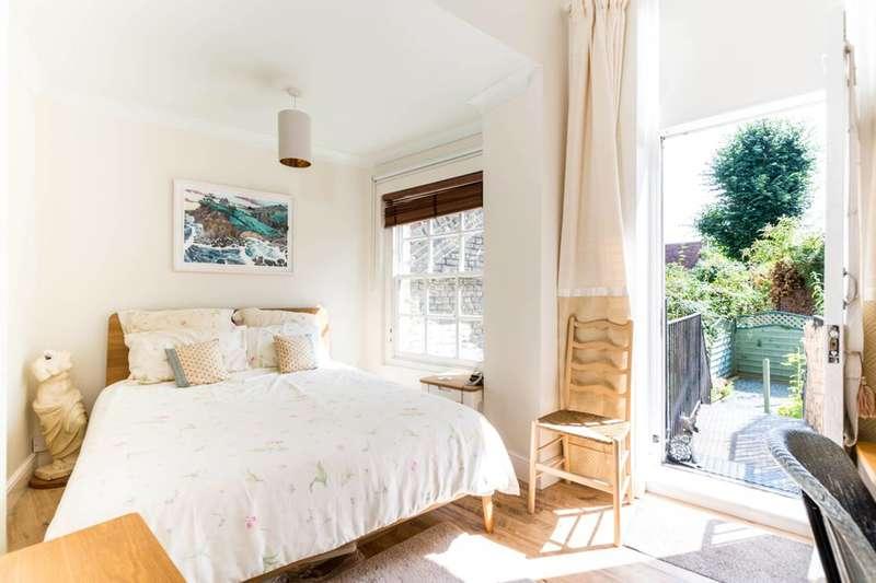1 Bedroom Flat for sale in Kennington Park Road, Kennington, SE11