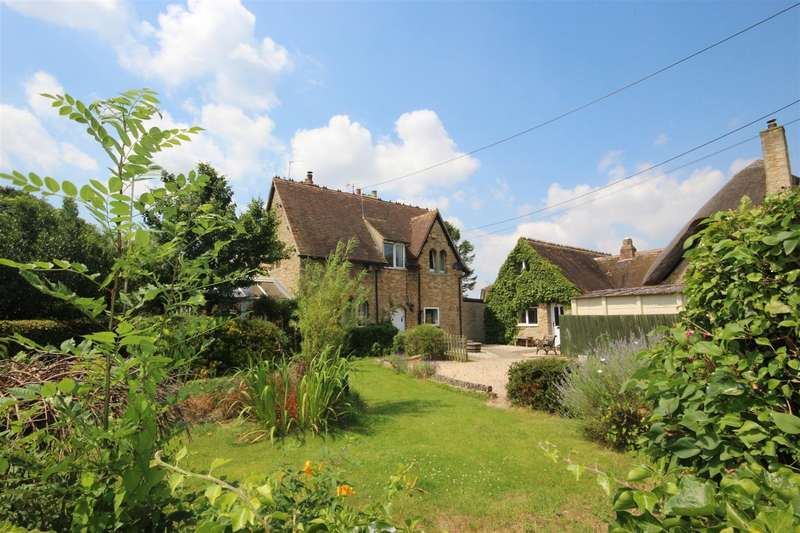 4 Bedrooms Semi Detached House for sale in New Road, Charney Bassett, OX12