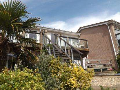 2 Bedrooms Flat for sale in Trerieve, Downderry, Torpoint