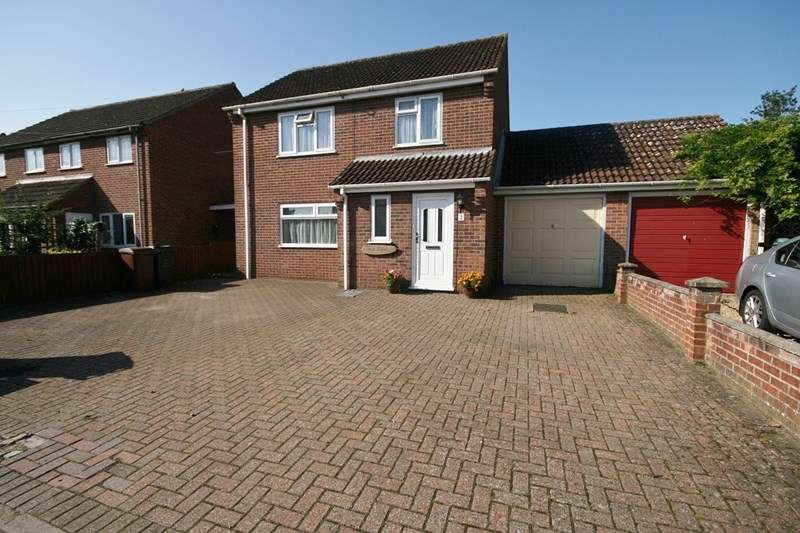 3 Bedrooms Detached House for sale in New North Road, Attleborough