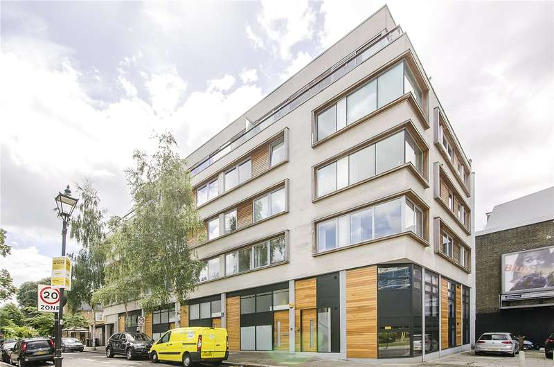 2 Bedrooms Flat for sale in Northbourne Road, London, SW4