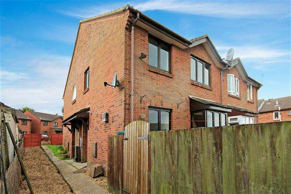 2 Bedrooms Semi Detached House for sale in Tollard Close, Poole