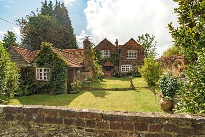 3 Bedrooms Detached House for sale in Dye House Road, Thursley, Godalming, Surrey, GU8