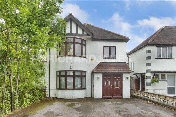 6 Bedrooms Detached House for sale in Goodwyn Avenue, London
