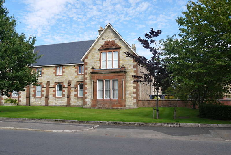2 Bedrooms Ground Flat for sale in St. Leonards Wynd, Ayr, KA7