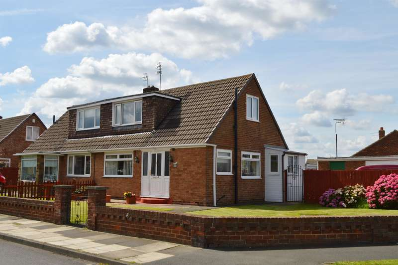 2 Bedrooms Semi Detached Bungalow for sale in Hambleton Avenue, Redcar, TS10 4HA