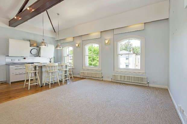2 Bedrooms Flat for sale in Buckland Crescent, Belsize Park, NW3