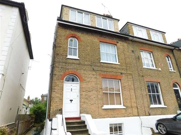 1 Bedroom Flat for sale in Cleaveland Road, Surbiton