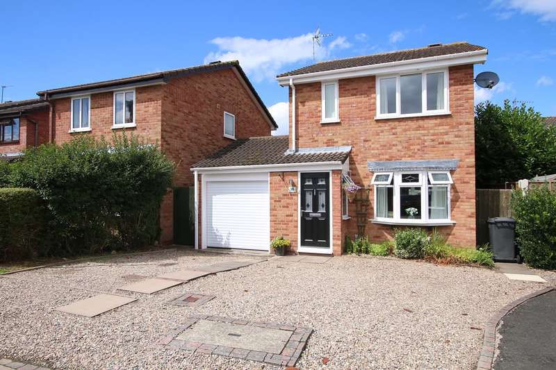 3 Bedrooms Detached House for sale in Chaffinch Drive, Kidderminster, DY10