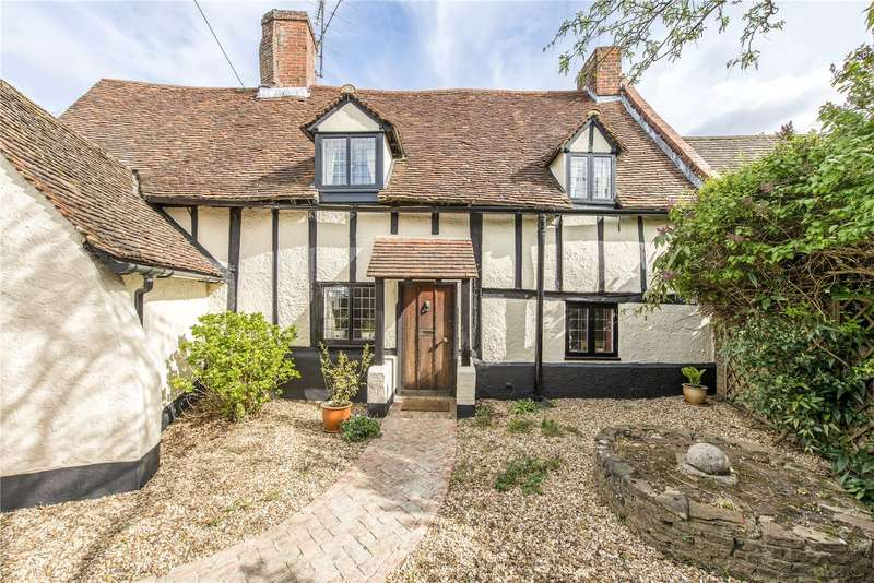 3 Bedrooms Detached House for sale in High Street, Gosmore, Hitchin, Hertfordshire, SG4