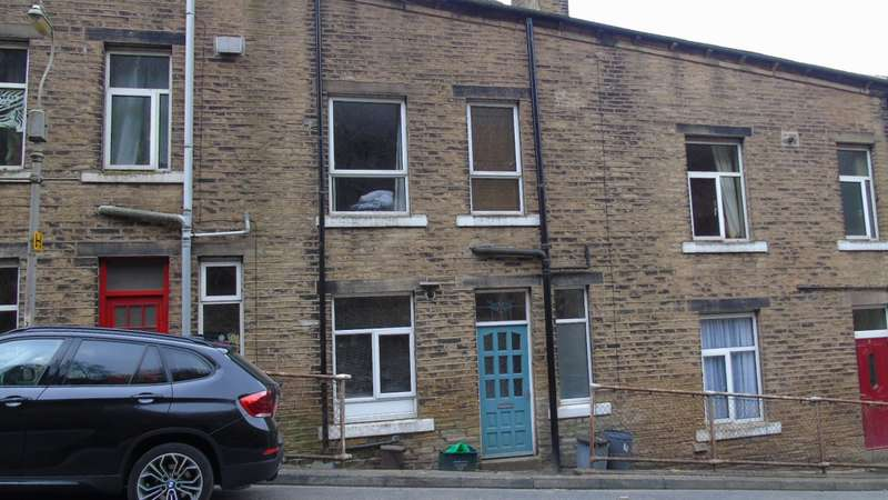 3 Bedrooms Terraced House for sale in Albion Terrace Heptonstall Road Hebden Bridge