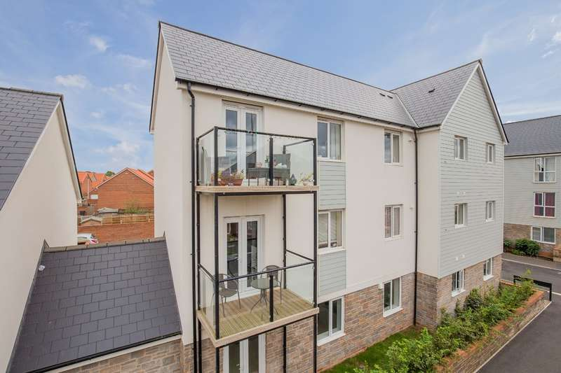 1 Bedroom Flat for sale in Higher Meadow, Cranbrook