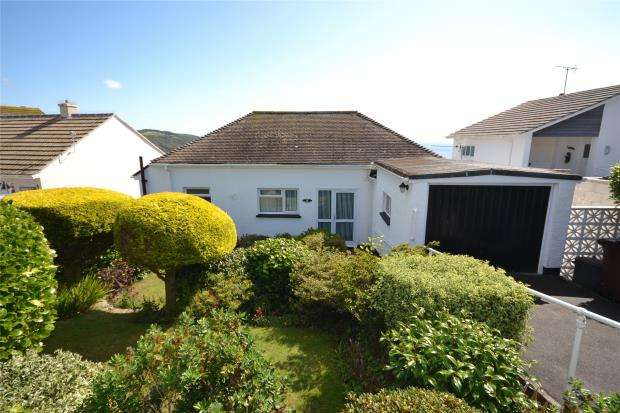 3 Bedrooms Detached Bungalow for sale in Listowel Drive, Looe, Cornwall