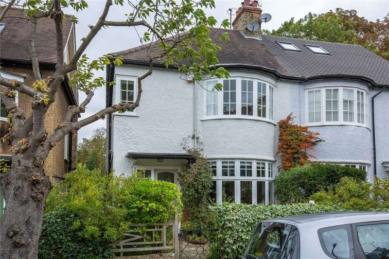 3 Bedrooms Semi Detached House for sale in Gordon Road, Finchley, London, N3