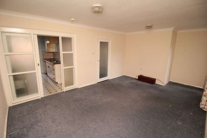 2 Bedrooms Flat for sale in Clarendon Road, Southsea, PO5