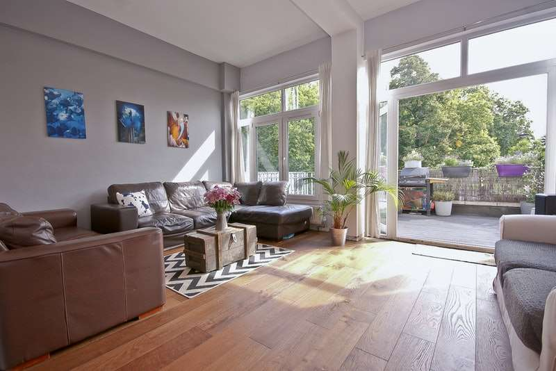 2 Bedrooms Apartment Flat for sale in East Dulwich Road, London, London, SE15