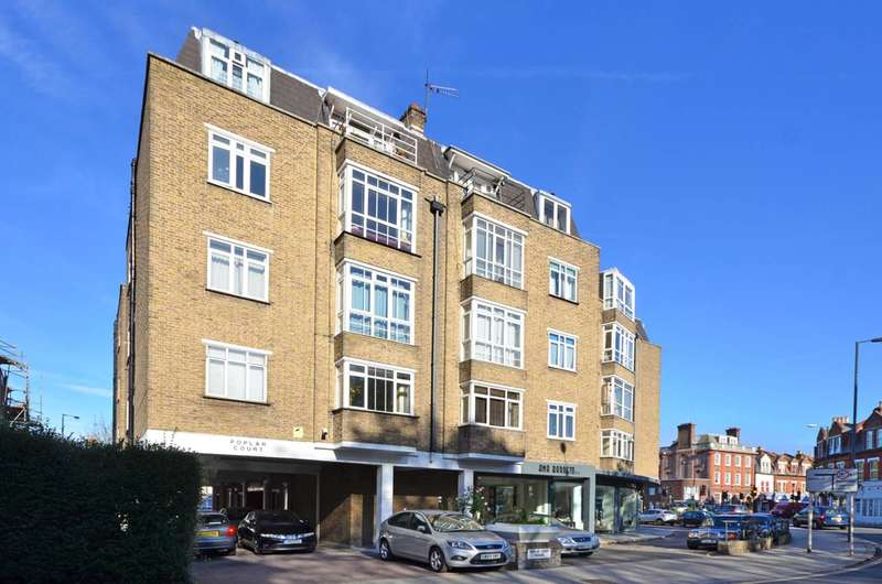 1 Bedroom Flat for sale in Poplar Court, Richmond Road, St Margarets, TW1