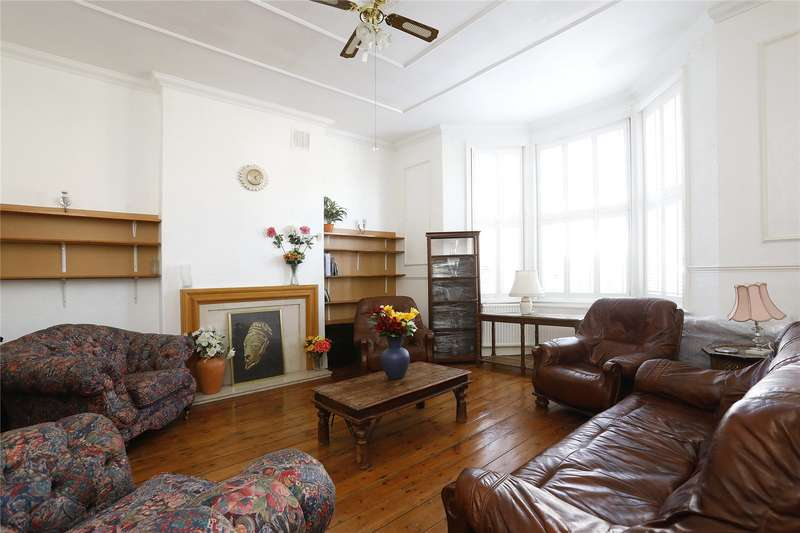 4 Bedrooms Maisonette Flat for sale in Alexandra Drive, London
