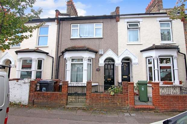 3 Bedrooms Terraced House for sale in Clarence Road, Walthamstow, London