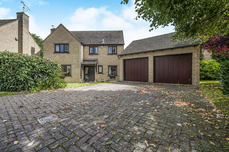 4 Bedrooms Detached House for sale in Crabtree Park, Fairford