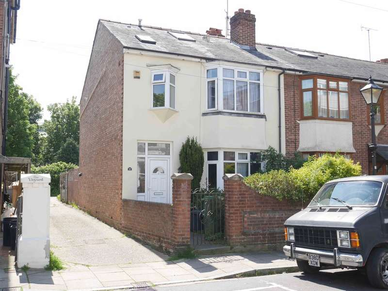 4 Bedrooms End Of Terrace House for sale in Southsea, Hampshire