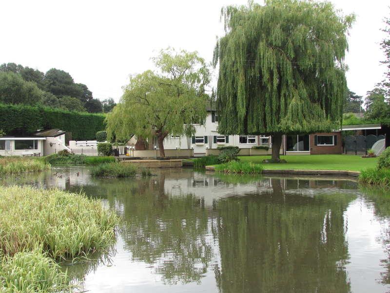 4 Bedrooms Detached House for sale in Weaverham, Northwich