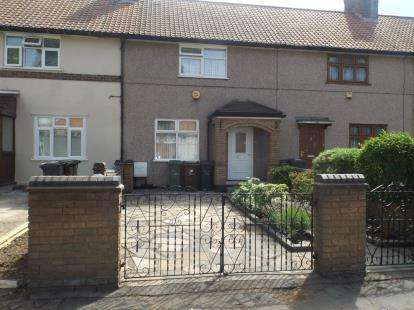 3 Bedrooms Terraced House for sale in Dagenham