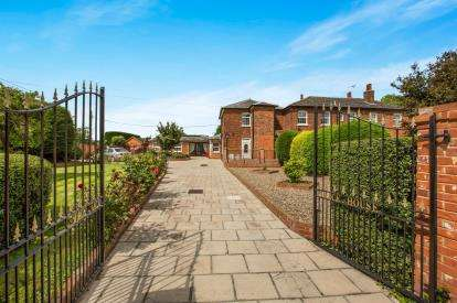 4 Bedrooms Semi Detached House for sale in Latchingdon, Chelmsford, Essex