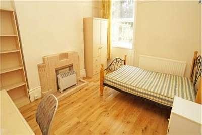6 Bedrooms House for rent in Osborne Road, Jesmond